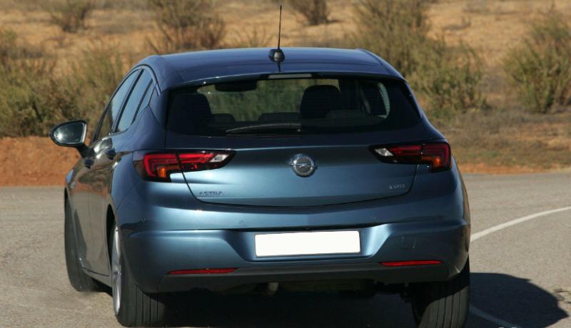 Opel Astra 1.6 CDTI 110 CV. Consumo bajo.