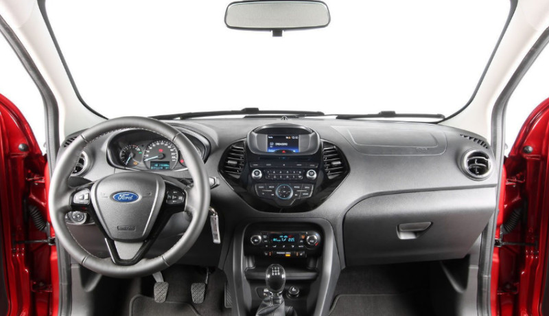 Ford Ka+ 1.2  85 CV Ultimate. espacio. buen acabado