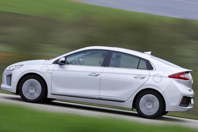 Hyundai Ioniq Plug-in Style
