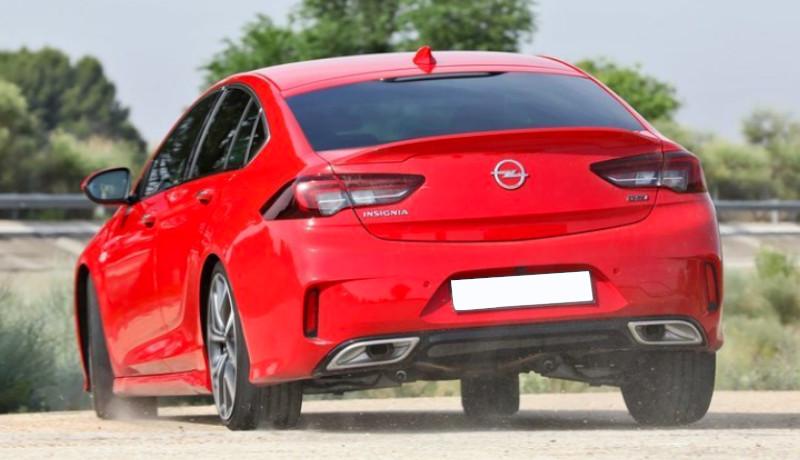 Opel Insignia GSi 2.0 BiTurbo