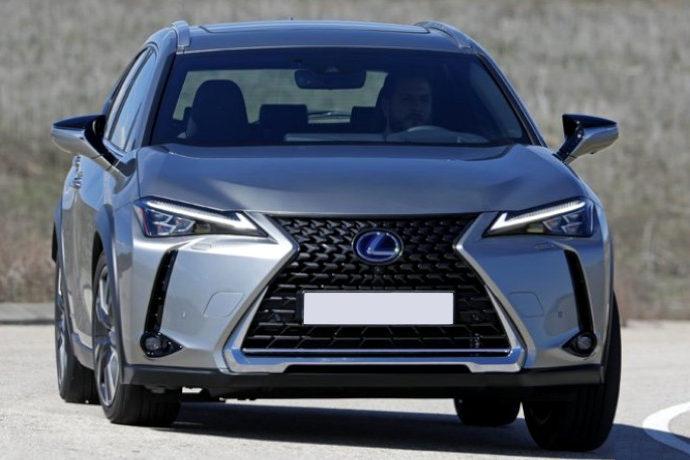 Lexus UX250h 4x2 Luxury. Audaz es su apellido