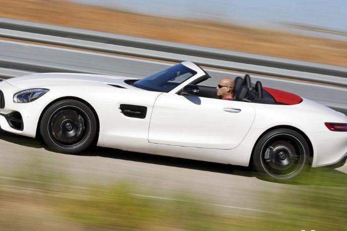 Mercedes-AMG GT Roadster..
